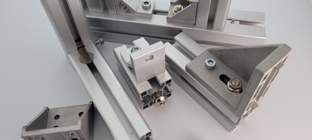 Connecting types for T-Slot Aluminium profiles